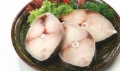 Cách phân biệt cá thu tươi và cá thu bị bơm tiết lợn