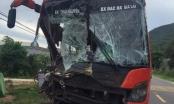 Quảng Nam: Va chạm liên hoàn giữa xe khách và xe tải, không có thương vong