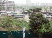 Phường Bồ Đề - Long Biên: Bãi xe trên đất dự án, dấu hỏi cho trách nhiệm của chính quyền địa phương?