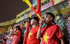 Tác hại không tưởng của những chiếc kèn Vuvuzela náo nhiệt trên khán đài bóng đá